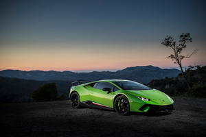 4k Lamborghini Huracan Performante Wallpaper
