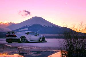 4k Lamborghini White Mountains