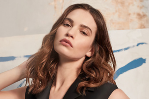 4k Lily James Harpers Bazaar 2020 Wallpaper