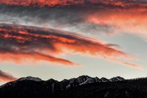 5k Dusk Dawn Clouds