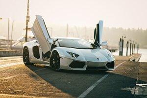 5k White Lamborghini Aventador Wallpaper