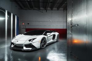 8k Lamborghini Aventador Wallpaper