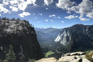 8k Yosemite Valley Wallpaper