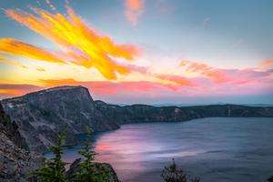 A Calm Sunset Crater Lake Oregon Wallpaper