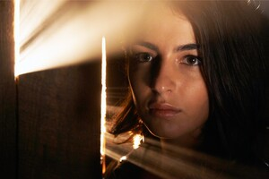 Alanna Masterson In Walking Dead Season 5 Wallpaper