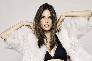 Alessandra Ambrosio XTI Shoes Fall 2018 Campaign 4k