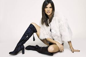 Alessandra Ambrosio XTI Shoes Fall 2018 Campaign