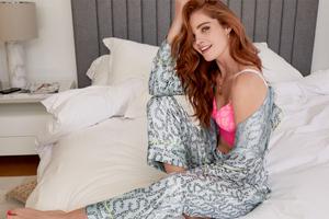 Alexina Graham Model