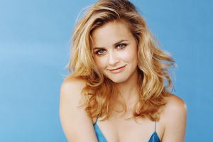 Alicia Silverstone 2020 Wallpaper