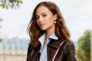 Alicia Vikander Louis Vuitton 2020 Wallpaper