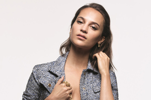 Alicia Vikander Louis Vuitton Campaign Wallpaper