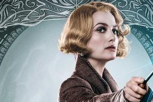 Alison Sudol As Queenie Goldstein In Fantastic Beasts The Crimes Of Grindlewald Poster