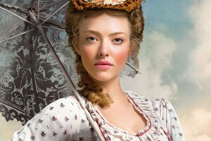 Amanda Seyfired In A Million Ways To Die In The West Wallpaper