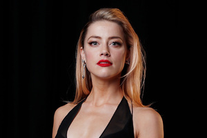 Amber Heard In Black Dress