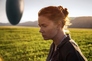 Amy Adams In Arrival Movie