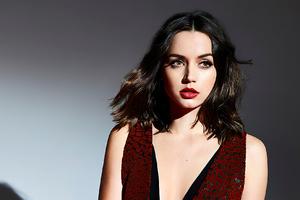 Ana De Armas The Hollywood Reporter 2020 Wallpaper