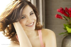 Anushka Sharma 6 Wallpaper