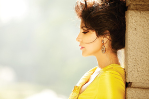 Anushka Sharma New Wallpaper