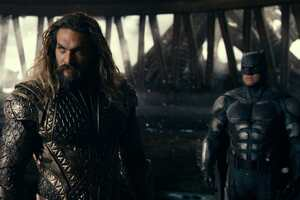 Aquaman Batman In Justice League Ending Scene Wallpaper