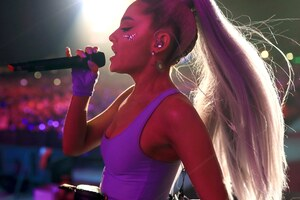 Ariana Grande Performing Live