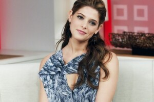 Ashley Greene Cute