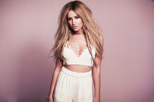 Ashley Tisdale 2020 4k Wallpaper