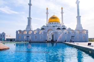Astana Mosque Minaret Kazaksthan Wallpaper