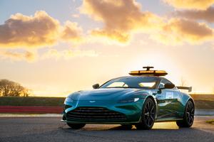 Aston Martin Vantage F1 Safety Car 2021 Wallpaper
