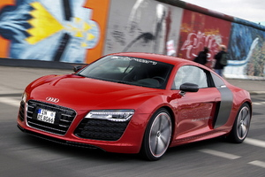Audi R8 Red