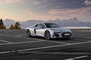 Audi R8 V10 RWD Coupe 2019 5k Side View Wallpaper