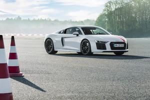Audi R8 V10 Rws 2017 Wallpaper