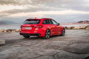 Audi Rs 4 Avant Rear Lights View Wallpaper