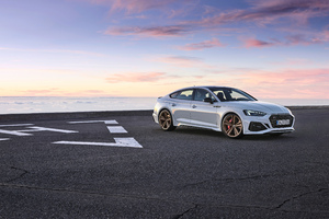 Audi RS 5 Sportback Wallpaper