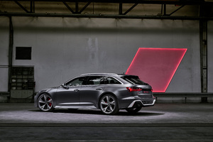 Audi RS 6 Avant 2019 Rear Wallpaper