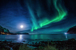 Aurora Borealis Moon Night