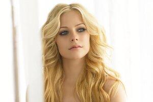 Avril Lavinge Haircut