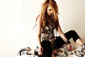 Avril Tattoos Wallpaper