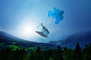 Balloon Floating House 5k Wallpaper