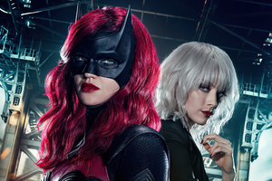 Batwoman New Poster Wallpaper
