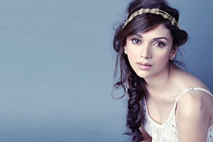 Beautiful Aditi Rao Hydari Wallpaper