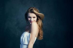 Beautiful Bella Thorne Wallpaper