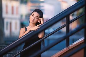 Beautiful Black Hair Girl Outdoor Wallpaper