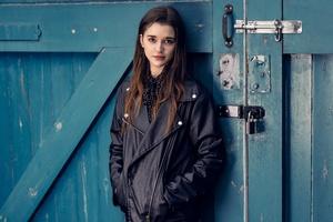 Beautiful Girl In Leather Jacket 5k Wallpaper