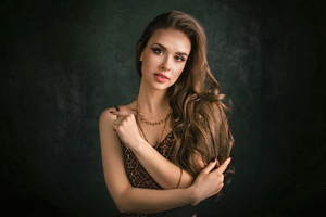 Beautiful Girl Looking Viewer Wallpaper