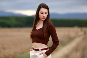Beautiful Model Field Outdoor 5k