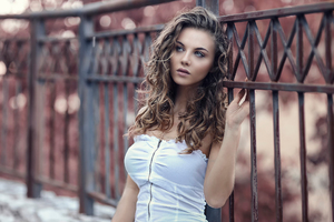 Beautiful Model Photoshoot Wallpaper