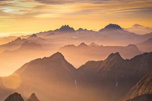 Beautiful Morning In Mountains 4k Wallpaper