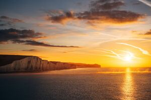 Beautiful Ocean Sunset The Seven Sisters Cliffs 4k