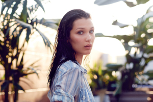 Bella Hadid GQ 2017 Photoshoot Wallpaper