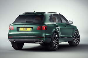 Bentley Bentayga 2018 Rear Wallpaper